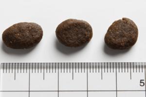 オリジンアダルト 粒の大きさ